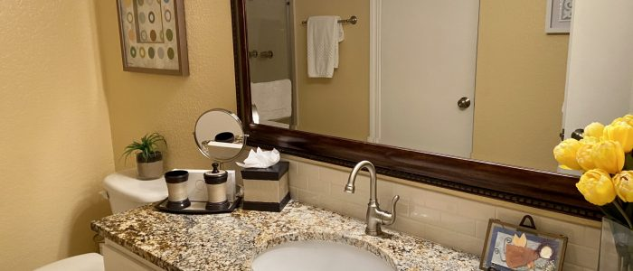 Palm Springs Deauville Bathroom