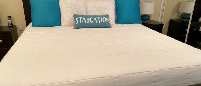 Palm Springs Deauville bed